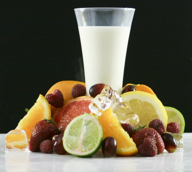 milk glass and fruit 1600x1200